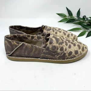 Vince Shoes - VINCE. Kia Brown Snakeskin Leather Loafer 9